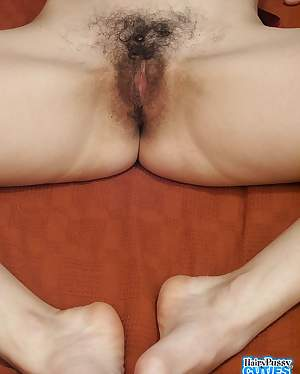 HAIRY PUSSY CUTIES